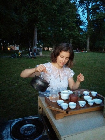 Mobile Tea Gathering